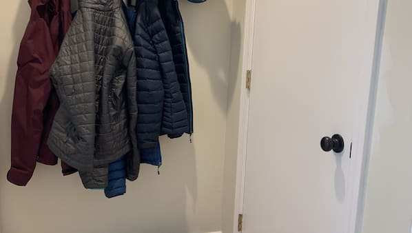 2 bedrooms, Internet
