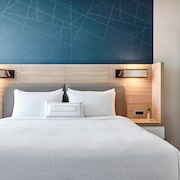 SpringHill Suites by Marriott Dallas DFW Airport South/CentrePort