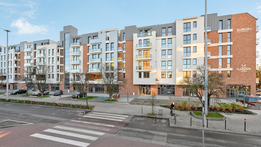 Blue Mandarin Apartments - Garden Gates