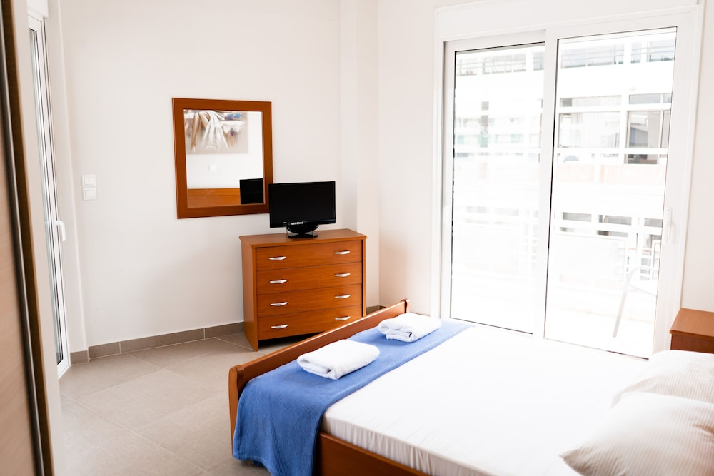 Room, Thanasis Place Hostel