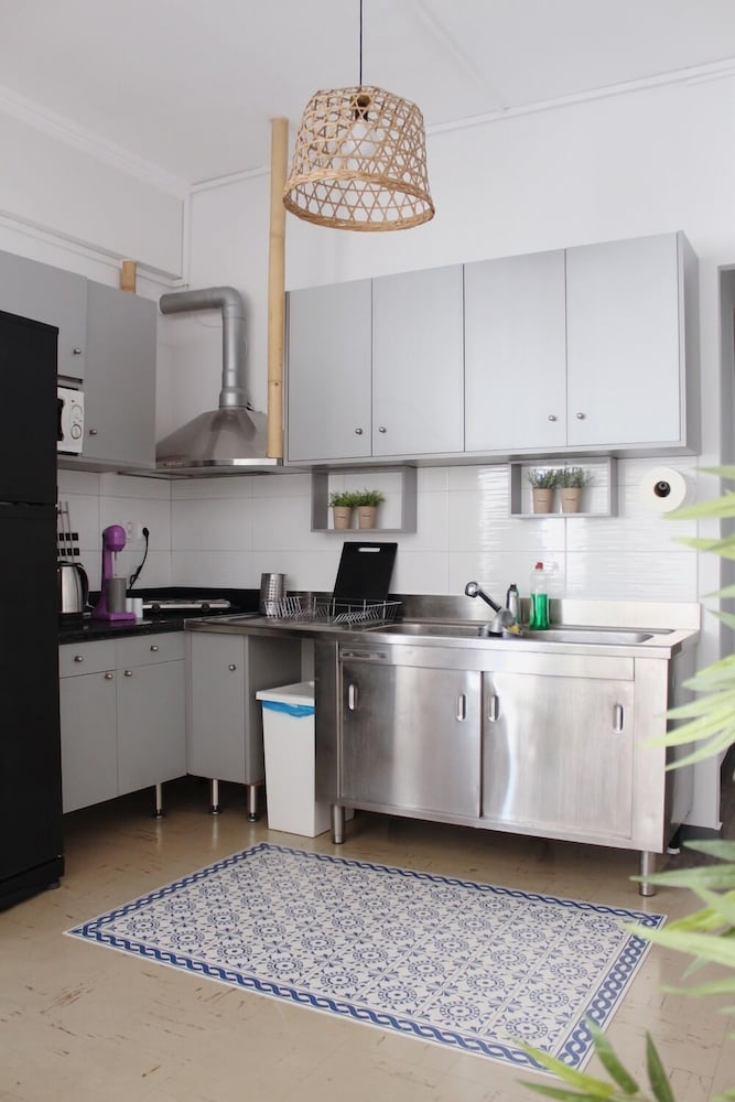 Shared Kitchen, Thanasis Place Hostel