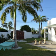 New: Royal Palms Apartment... Ocean Front, Silver Sands Beach!