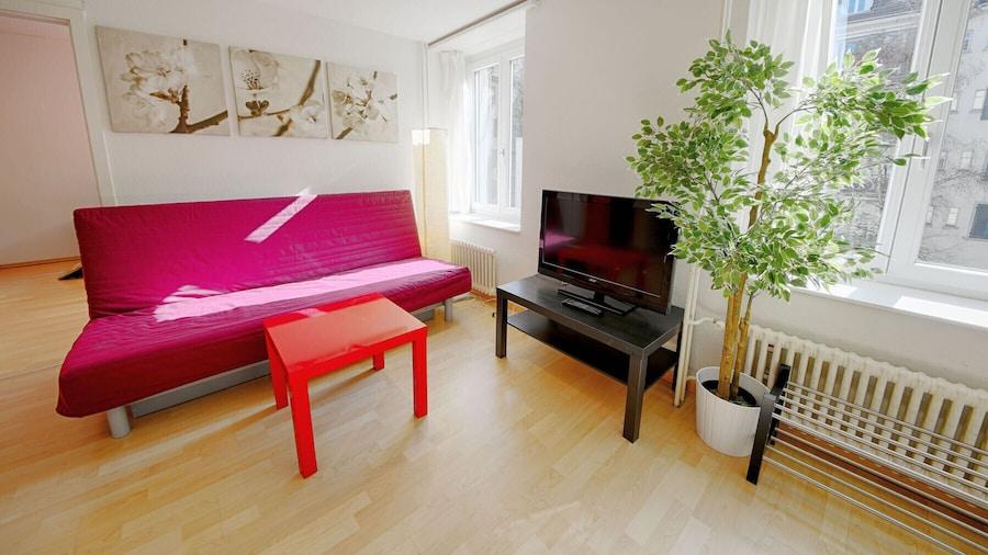 ZH Keita - Stauffacher Hitrental Apartment