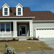 Family-friendly Home & Community; Close to Beaches, Golf, Shopping, Restaurants