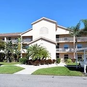 Beautiful Condo in Sunny Florida , Enjoy Golfing & Tennis