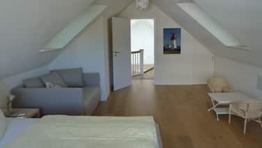 Captain's Home. Exclusive loft apartment, offers 144 square meters, with a fireplace.