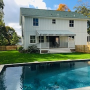 New Farmhouse With Beach Rights and Salt Water, Heated Pool