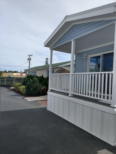 New Vacation Rental With Resort Access