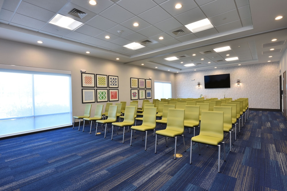 Meeting Facility, Holiday Inn Express & Suites Houston North - Woodlands Area