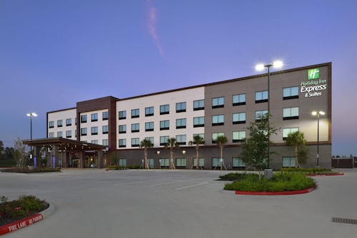 Holiday Inn Express & Suites Houston North - Woodlands Area, an IHG Hotel