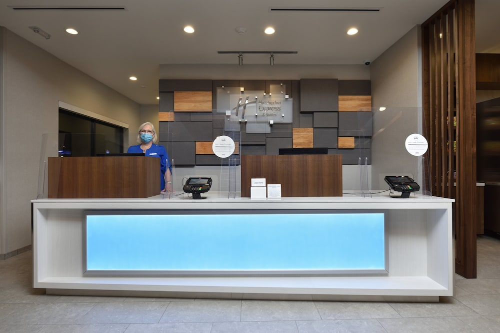 Reception, Holiday Inn Express & Suites Houston North - Woodlands Area
