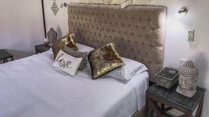 Caja fuerte, cortinas opacas, ropa de cama