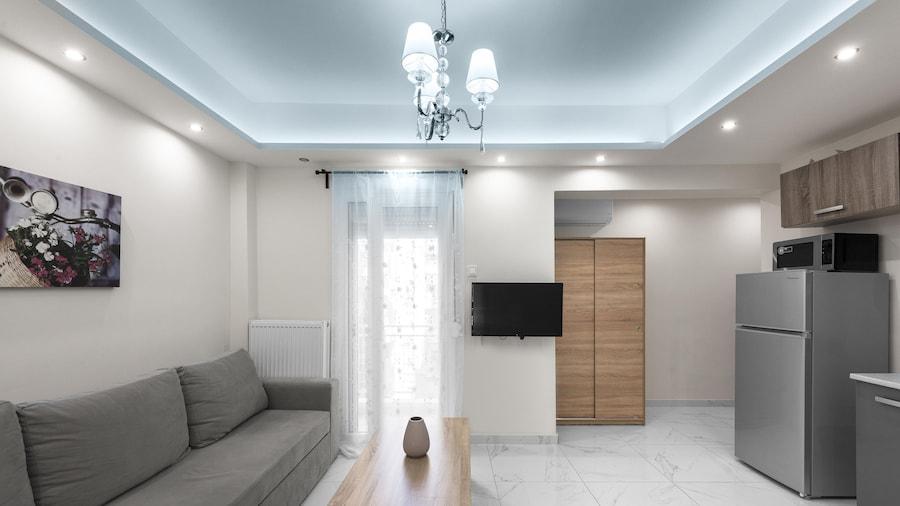 Blanco Apartments-Nilie Hospitality MGMT