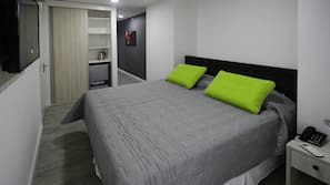 Down comforters, in-room safe, blackout drapes, free WiFi
