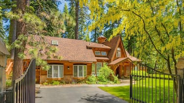 Tranquil West Shore Retreat. Tahoe Pines HOA Pier and Beach. Pet OK!