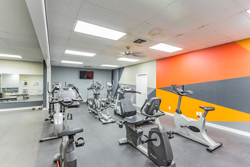 Fitness Facility, The River City Flats