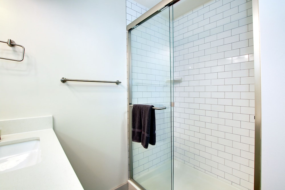 Bathroom Shower, The Old Town Luxury Lofts