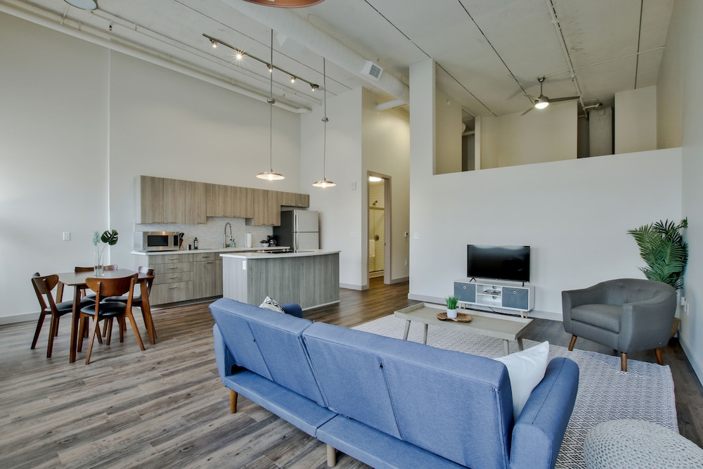 Living Area, The Old Town Luxury Lofts