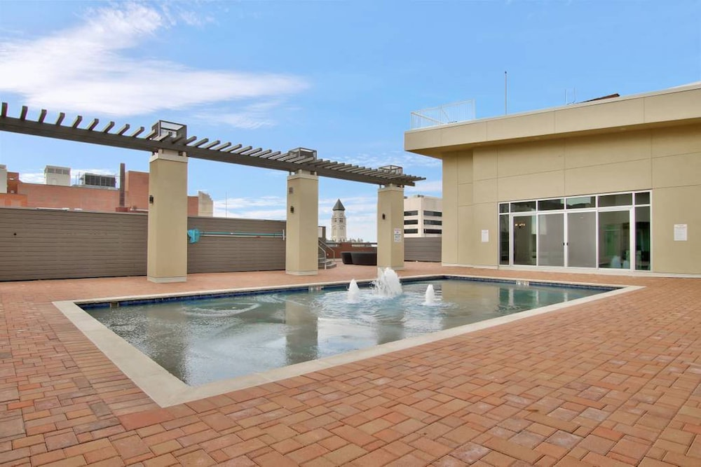 Rooftop Pool, The Old Town Luxury Lofts