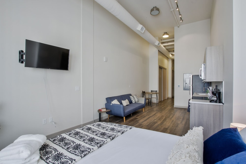 Room, The Old Town Luxury Lofts