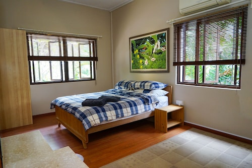 Spacious Room in Beautiful & Green Terrace House