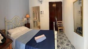 高級寢具、迷你吧、設計自成一格、家具佈置各有特色