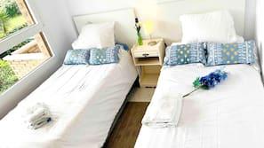 2 bedrooms, desk, iron/ironing board