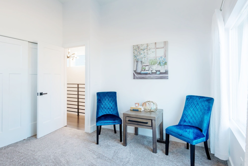 Room, Newly Designed Super Chic Indy Home Near Fountain Square!