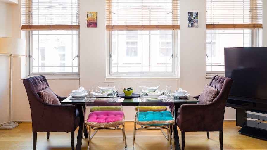 Spacious 2-bedroom Apartment in Mayfair