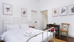 3 bedrooms, free WiFi, linens