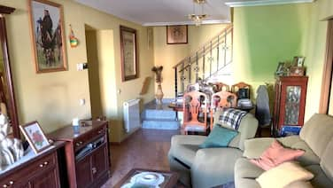 House With 3 Bedrooms in Madrigal de las Altas Torres, With Furnished Terrace