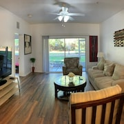2 Master Suites Close to North Florida Regional Med , UF Health and Oaks Mall!!