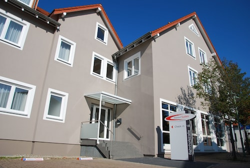 Walldorf Suites Boutique Hotel