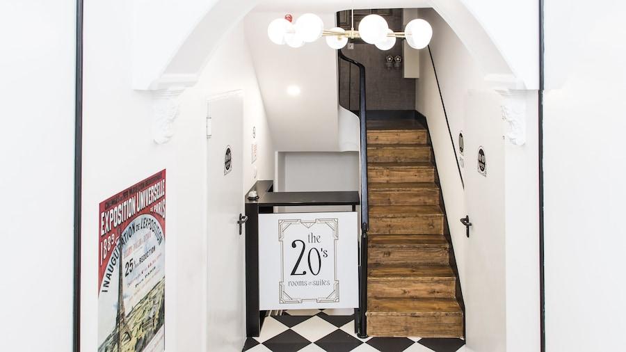 The Twenties Rooms & Suites