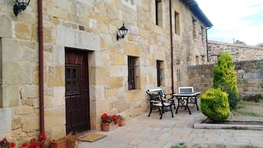 Studio in Menaza, With Furnished Terrace and Wifi