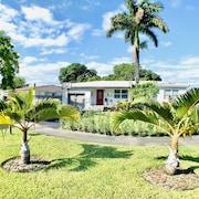 Design House 15 Mins to Airport/downtown/beaches/wynwood. Great Location
