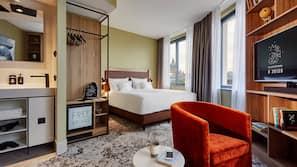 Hochwertige Bettwaren, Pillowtop-Betten, kostenlose Minibar, Zimmersafe