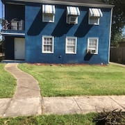 New Orleans Spacious Home, 2 Bedrooms, Close to French Quarter and Downtown