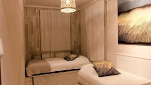 3 makuuhuonetta, silitysrauta/-lauta, Wi-Fi, vuodevaatteet