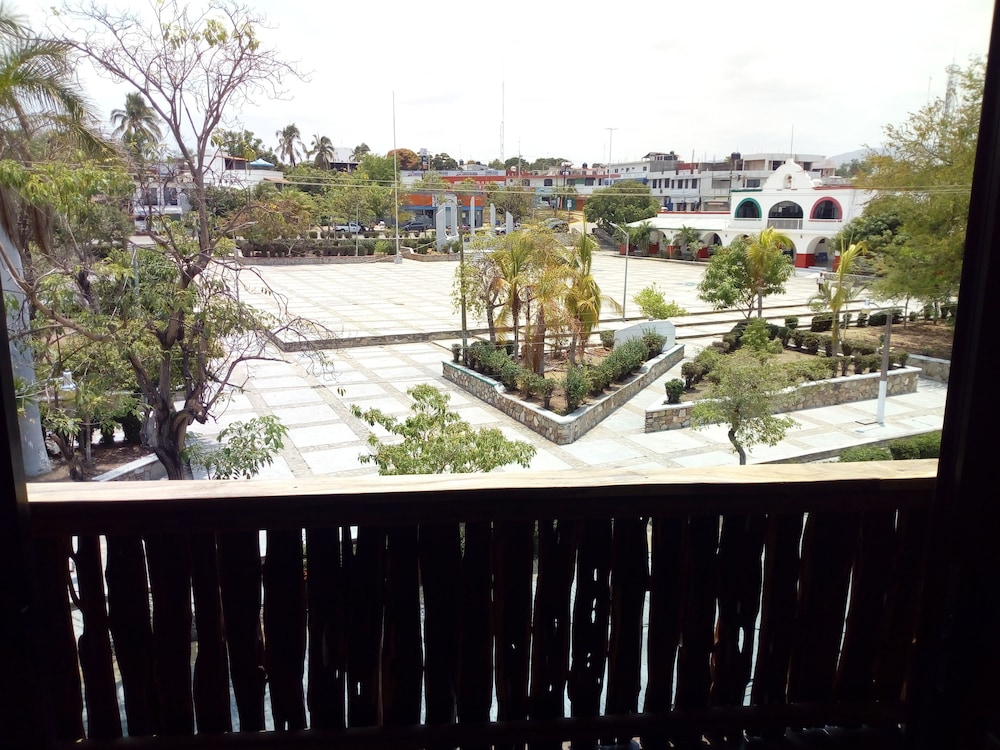 Park View, Madre Tierra Apartments