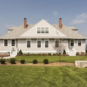 Waterfront Mansion | House Island | Portland, Maine | Sleeps 20 | Parties OK