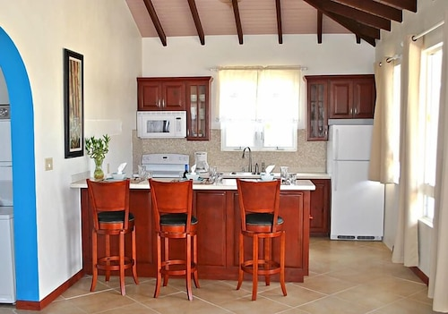 Private Kitchen, Four Diamonds Park Villas