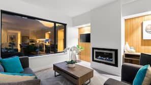 40-inch TV with satellite channels, fireplace