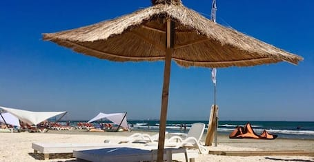 Apartment With one Bedroom in Mamaia-sat, With Balcony and Wifi