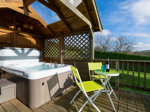 Devils Bridge Holiday Home, Sleeps 4 With Wifi