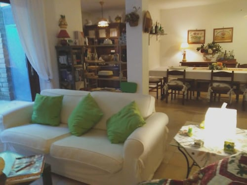 Apartment With one Bedroom in Colle Diana, With Wifi
