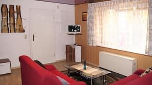 Fernseher, Tischtennisplatte