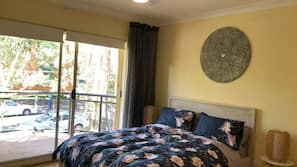 3 bedrooms, in-room safe, individually decorated, individually furnished