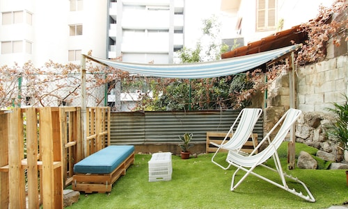 Lebanese Flat With Garden & Flying Bed - Mar Mikhael