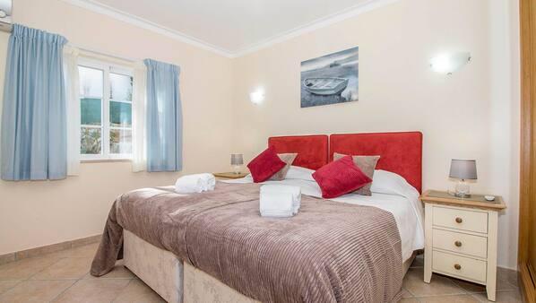 4 Schlafzimmer